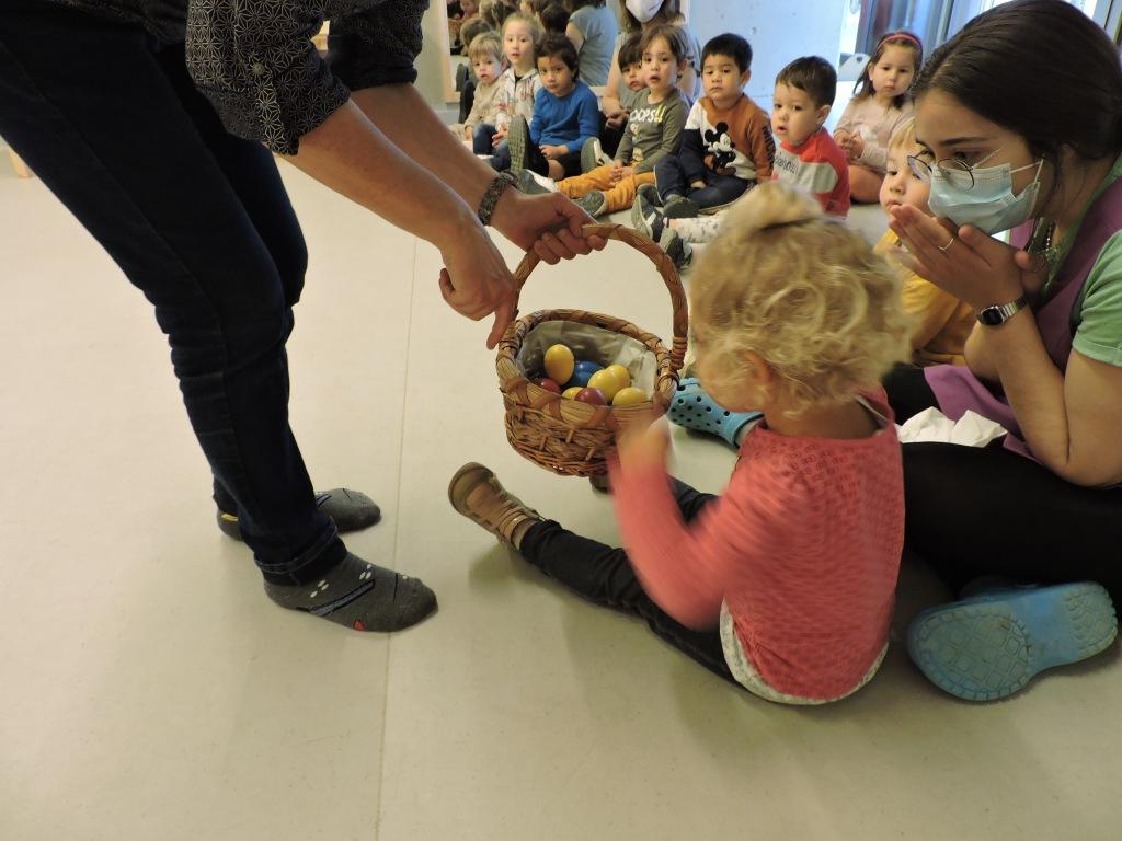 Els infants estan participant a l'audició